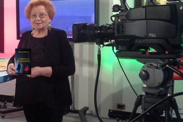 Ospite a Telesanterno a parlare di gialli e noir